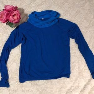 Lululemon Cowl Neck Pull Over, Size 4